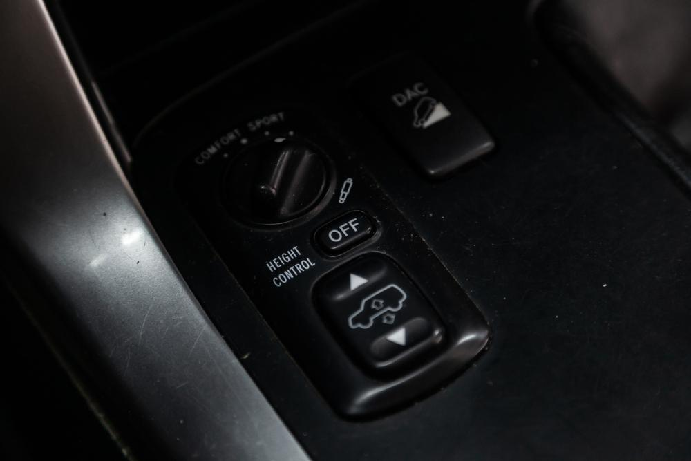 Close-up off road suspension control buttons. modern car interior( Everyonephoto Studio)s