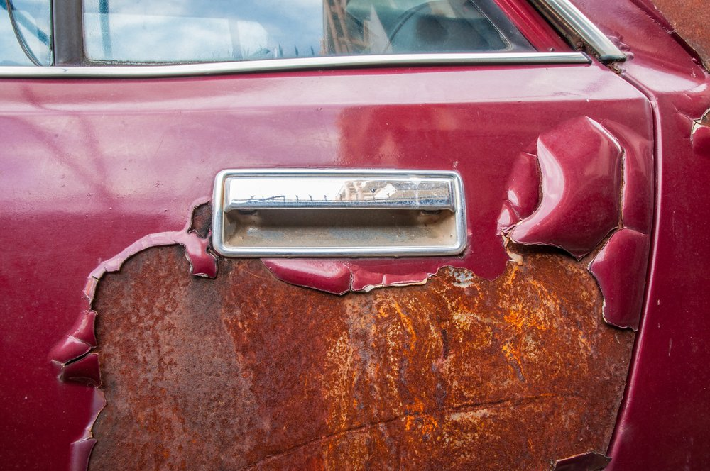 rusty car door handle(pemastockpic)S