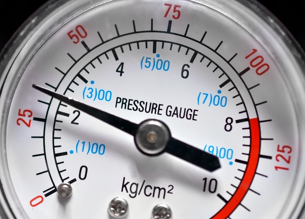Pressure gauge, manometer closeup(Ensuper)s
