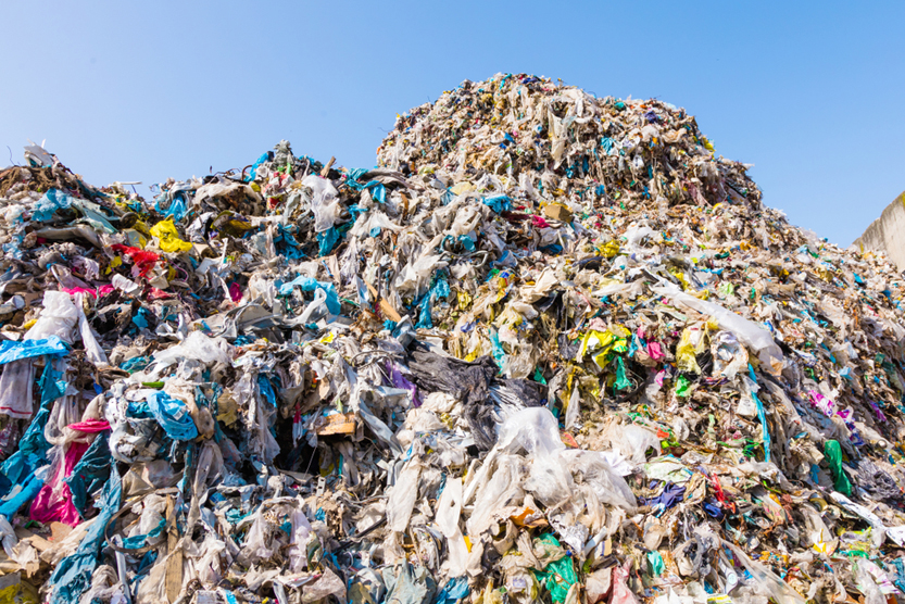 waste plastic bottles and other types of plastic waste(KarepaStock)s