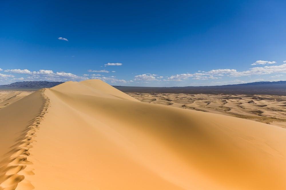 Gobi Desert Singing Sand Dunes(Jose L Vilchez)s