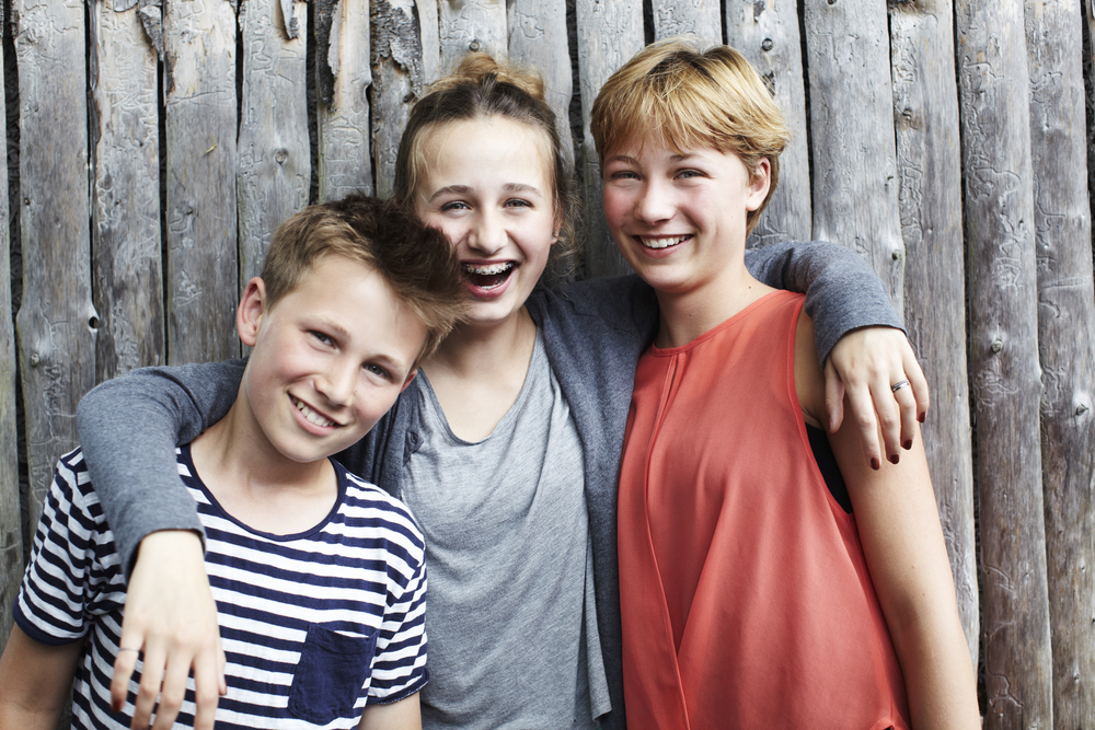 Portrait of three siblings(sanneberg)s