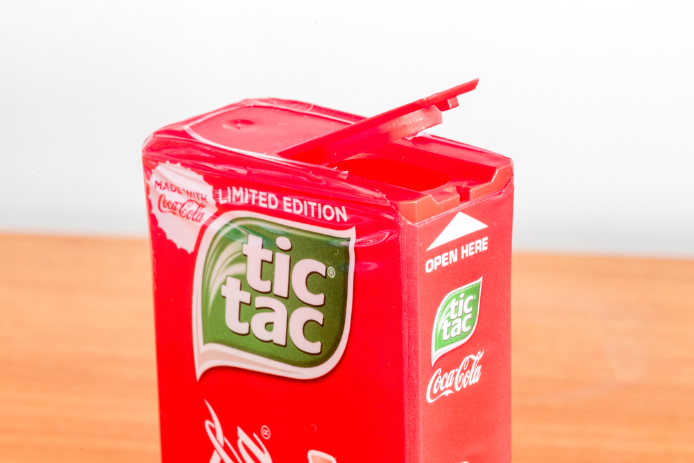 Open box of Coca-Cola flavored Tic Tac(Robson90)s