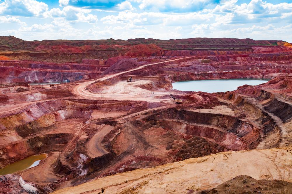 Aluminium ore quarry and blue lake in bauxite mine(Alexey Rezvykh)s