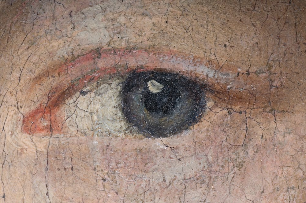 Detail of a woman's eye on an old baroque oil painting(stoupa)s