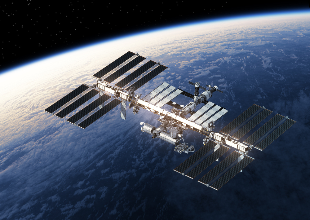 International Space Station Orbiting Earth(3Dsculptor)s