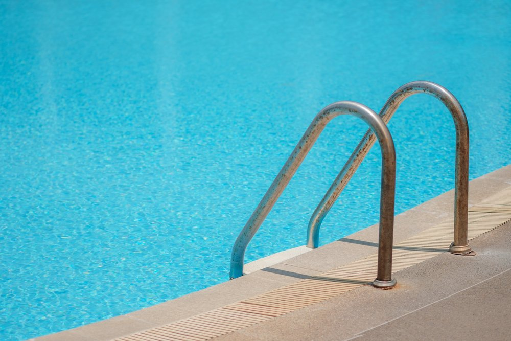 Swimming pool with pool ladder(manine99)S