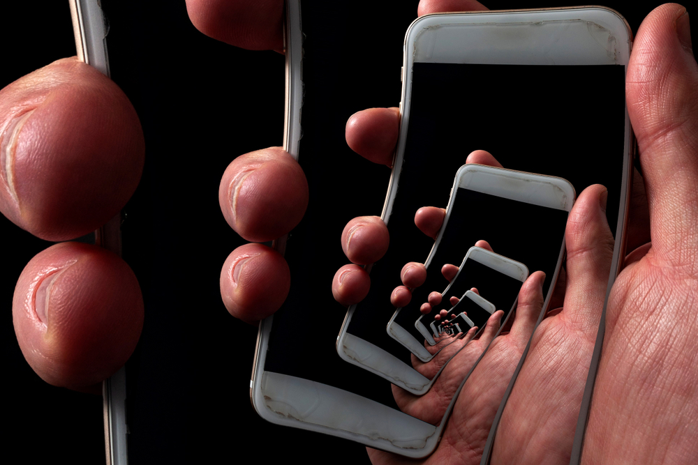 Addictive,Social,Media,And,The,Dangers,Of,Smartphone,Abuse,Concept
